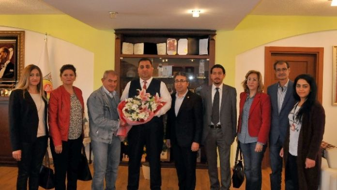 Tarsus Fotoğraf Derneği'nden Başkan Can'a Ziyaret