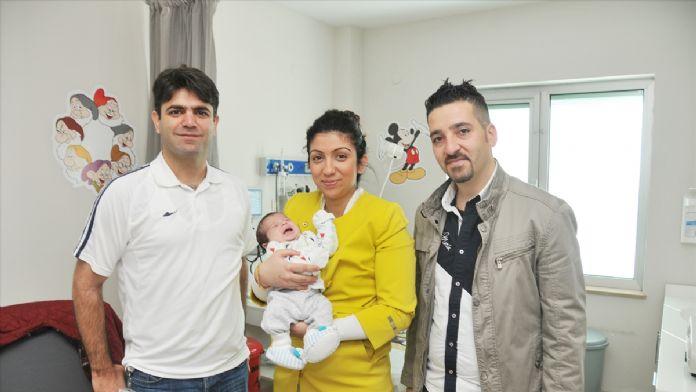 Ege bebek 37 günlükken mide ameliyatı oldu