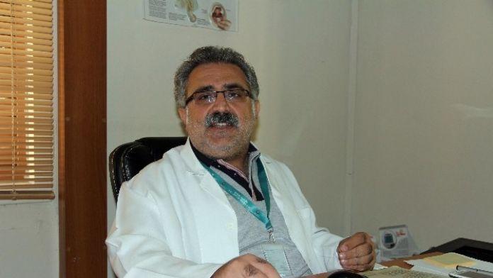 Dr. Şen: 'Tarsus'ta Aile Sağlığı Merkezine El Yapımı Patlayıcıyla Saldırı Düzenlendi'