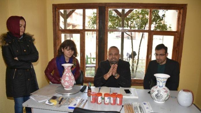 Çini Ve Seramik Atölyesi Açıldı