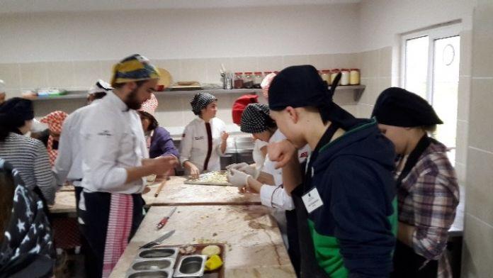 SAÜ Aşçılık Programı Misafirlerini Ağırladı