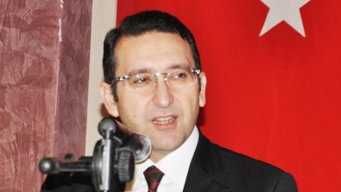 Davutoğlu'nun danışmanından CHP ve HDP'ye eleştiri