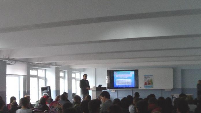 'Bilinçli Tüketici Nasıl Olunur' Konferansı