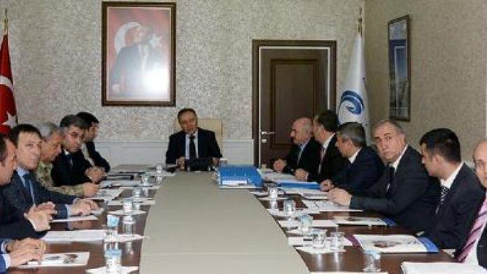 Erzurum'un trafik ve park sorunu ele alındı