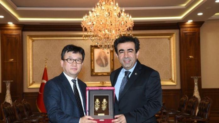 Kocaeli Valisi Güzeloğlu, Hyundai Ceo'sunu Ağırladı