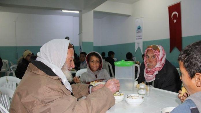 Eyyübiye Belediyesi Çorba Evi Hizmetini Sürdürüyor