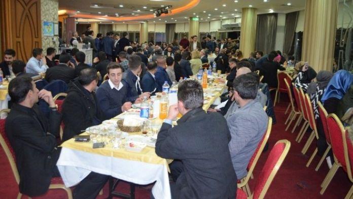 AK Parti Nilüfer Gençlik Kolları Başkanı Gökhan Diçer'den Veda Yemeği
