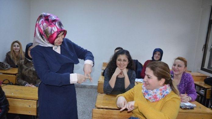 Fatsa'da 'İşaret Dili Kursu'na Yoğun İlgi