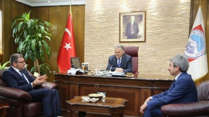 Kayseri Yozgatlılar Derneği Yönetiminin Melikgazi Belediye Ziyareti
