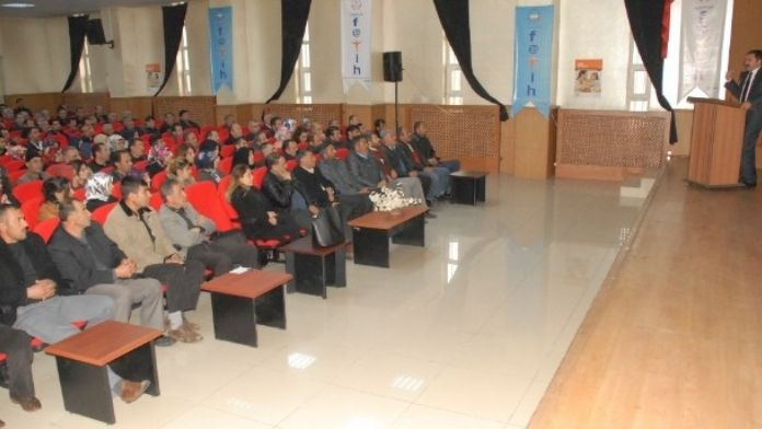 Van'da 'Temel İş Sağlığı Ve Güvenliği Eğitimi' Semineri