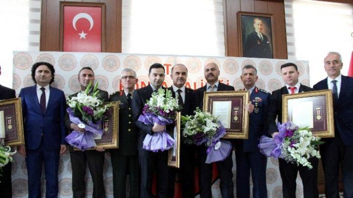 Konya'da Gazilere 'Devlet Ödünç Madalyası' Verildi
