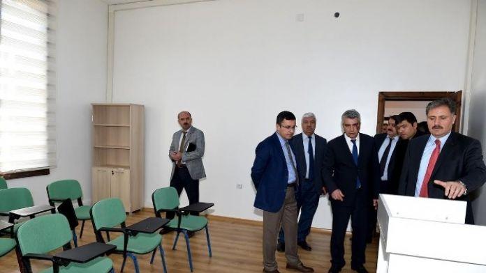 Kent Konseyi Yeni Binasına Taşındı