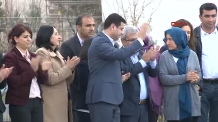HDP Eş Başkanı; ÖLÜYORUZ