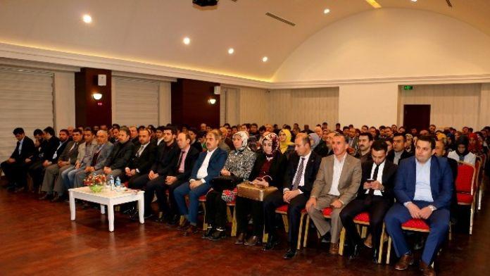 Çankırı'da 'Medeniyet Fikri Ve Eğitim Tasavvuru' Konulu Konferans
