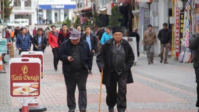 Kırklareli Nüfusunun Yüzde 12,4'ü Yaşlı