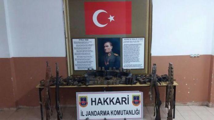 Çukurca'da mağarada yapılan aramada PKK'ya ait silah ve mühimmat ele geçirildi