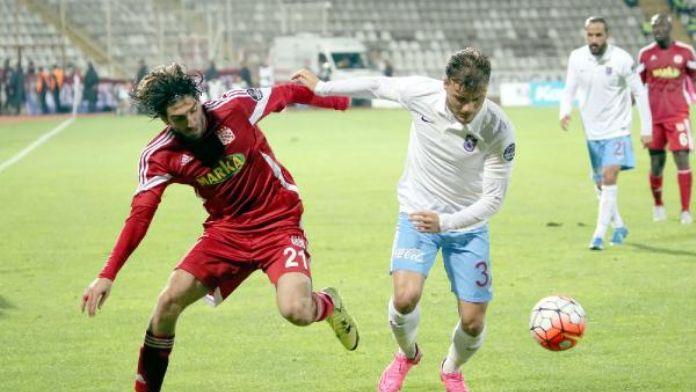 Medicana Sivasspor'da parola galibiyet