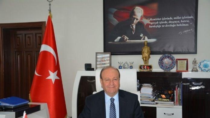 Özakcan; 'Türkiye Cumhuriyeti Kolay Kurulmadı'