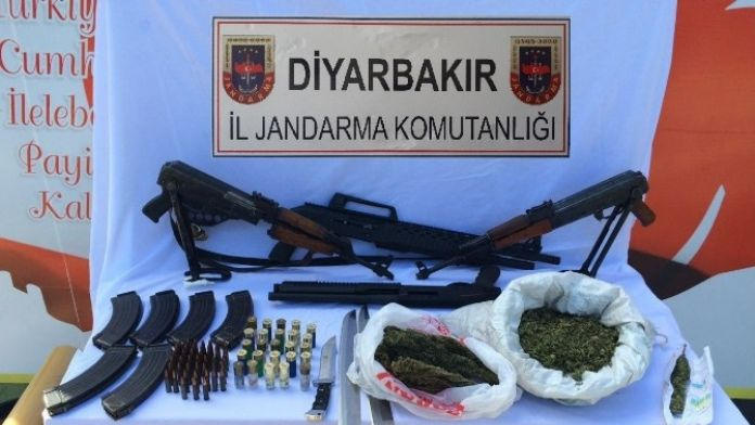 Bismil'de Silah Ve Uyuşturucu Ele Geçirildi