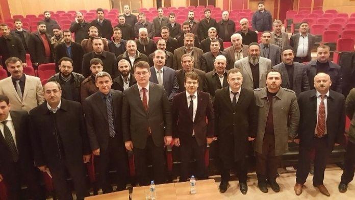 Ahlat'ta Din Görevlilerine Konferans Verildi