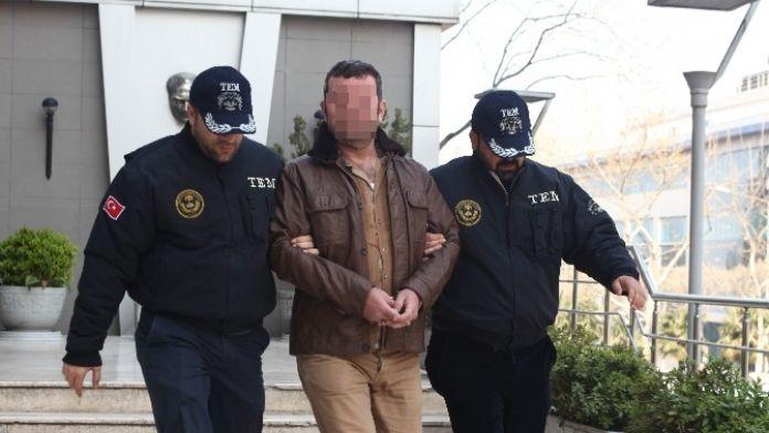 Terör Örgütü Propagandası Yaptığı İddia Edilen Öğretmen Gözaltına Alındı