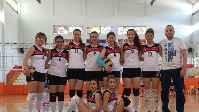 Nehü Bayan Voleybol Türkiye Şampiyonasına Katılmaya Hak Kazandı