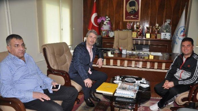 Bayram Akgül: 'Hak Eden Kazansın'