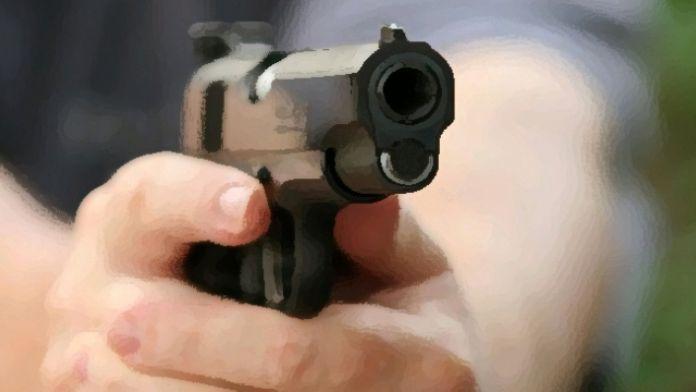 AVM'ye silahlı baskın