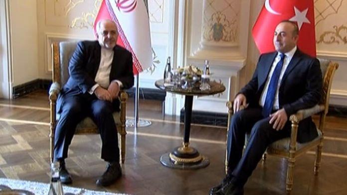 Çavuşoğlu İranlı mevkidaşıyla bir araya geldi