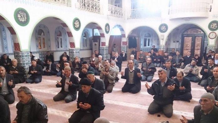 Türk Eğitim-sen Şehitler İçin Hatim Okuttu