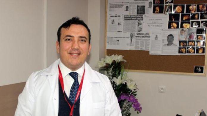 Doç.Dr. Öner: Gebelikte D vitamini takviyesi bebeğin MS olma riskini azaltıyor