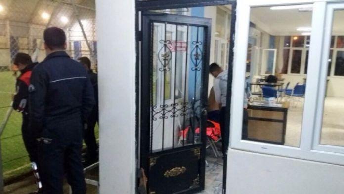 Öğrencilerin Halı Saha Maçı Kavgayla Bitti: Dört Yaralı