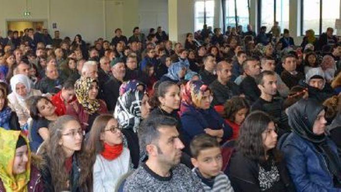 Çanakkale Zaferi ve Vatan Şairi Mehmet Akif Ersoy anıldı
