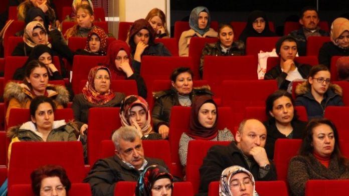 'Sıradışı Tarih' Programı Gebze'de Yapıldı