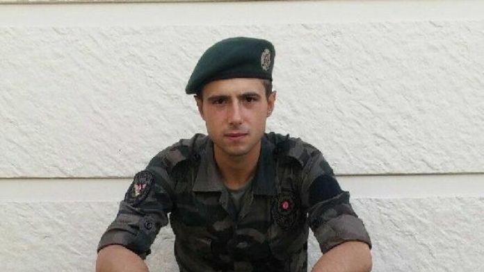 Şehit polis Karaduman'ın baba evine ateş düştü