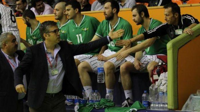 Akhisar Belediyespor baskette Aktaş'la yolunu ayırdı