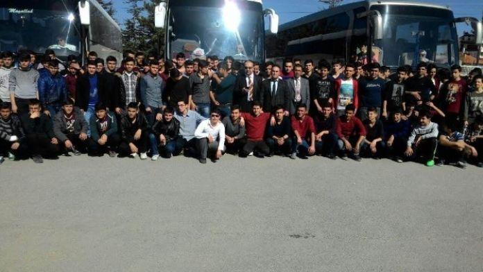 Beyşehirli Gençler 'Anadolu Kandilleri' Kampına Katıldı