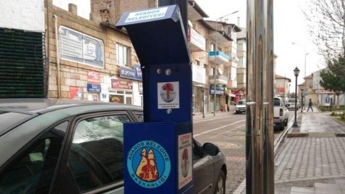 Avanos'ta Duraklara İzmarit Toplama Kutuları Yerleştirildi