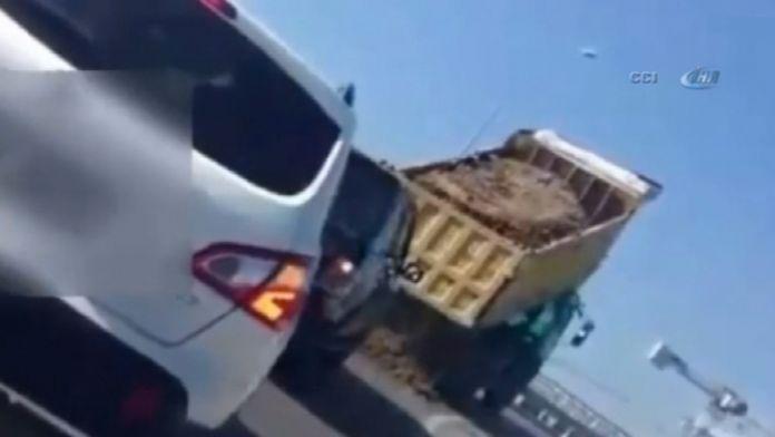 Kamyon şoföründen akıl almaz kaçış