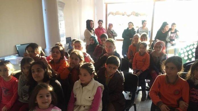 Kartepe Bilgi Evi Öğrencileri Meslekleri Öğreniyor
