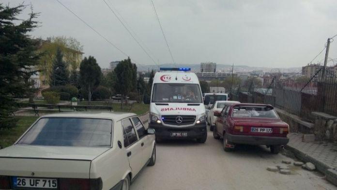Ambulansa Yine Hatalı Park Engeli