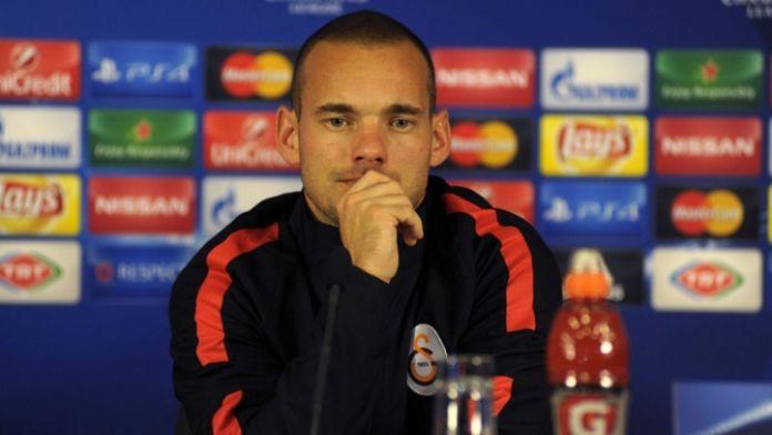 Sneijder'den terör saldırılarına ilişkin açıklama