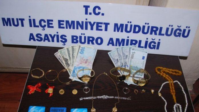 Mersin'de telefon dolandırıcıları yakalandı