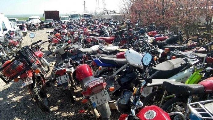 Üç Ayda Yaklaşık 300 Motosiklet Trafikten Men Edildi