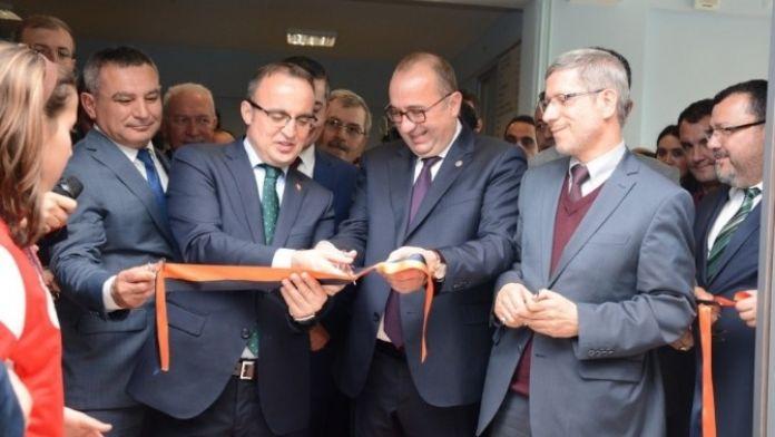 ÇOMÜ İlahiyat Fakültesi'nde Ensar Kitapevi Açıldı