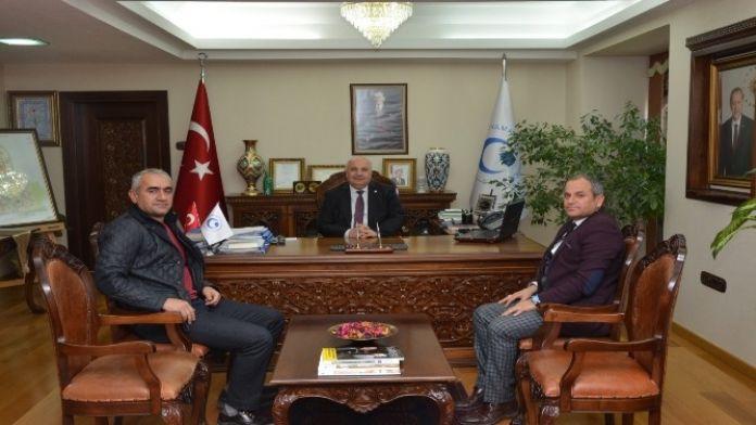 Anadolu Hasta Ve Hasta Yakını Hakları Derneği'nden Üniversiteye Ziyaret