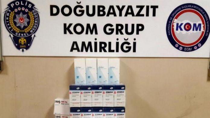 Doğubayazıt'ta PKK'ya gönderilen 200 kutu ilaç ele geçirildi