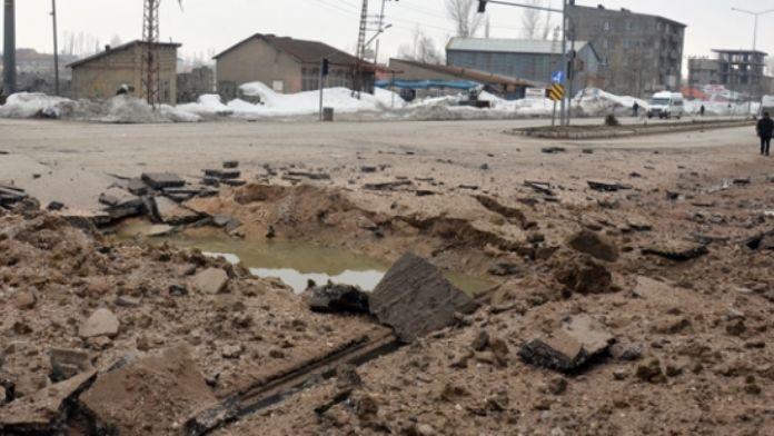 Hakkari'de hain tuzak: 3 şehit, 12 yaralı