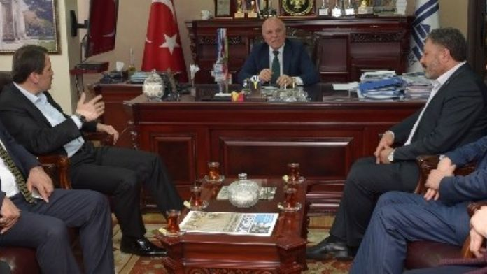 Memur-sen Genel Başkanı Yalçın, Başkan Sekmen'i Ziyaret Etti