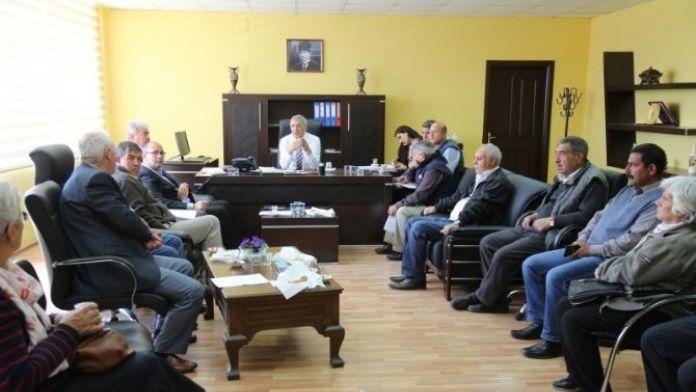 Başkan Tarhan 'Halk Günü'nde Vatandaşlarla Buluştu